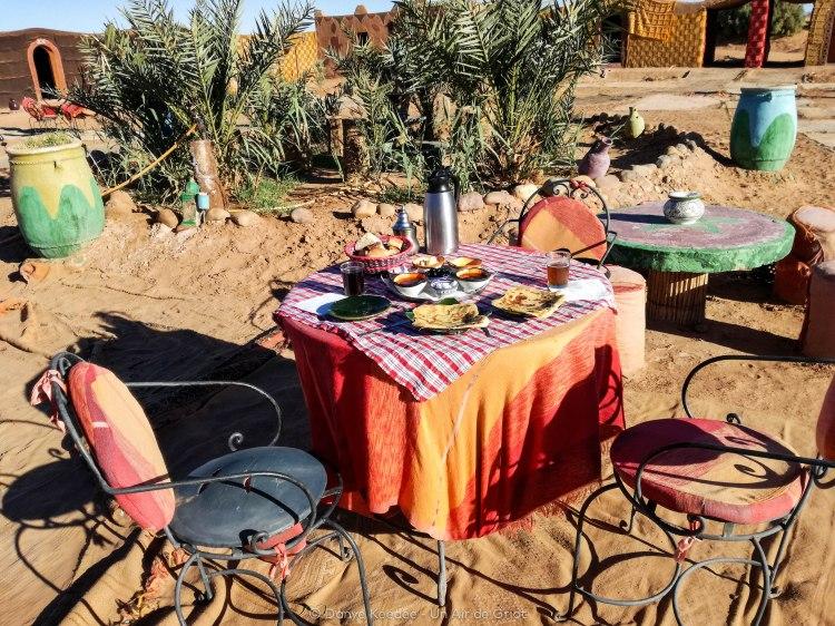 dejeuner desert sahara